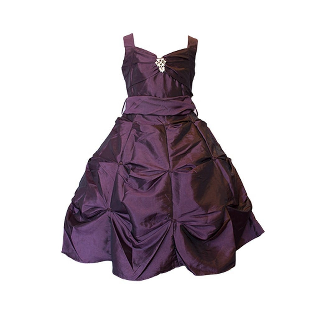 PURPLE, PLUM, EGGPLANT: Depending on the wedding theme, purple can be a well-deserved splash of colour in the event, especially if it is worn by both the bridesmaids and the flower girl. It's a royal colour and it stands for nobility, power and wealth.