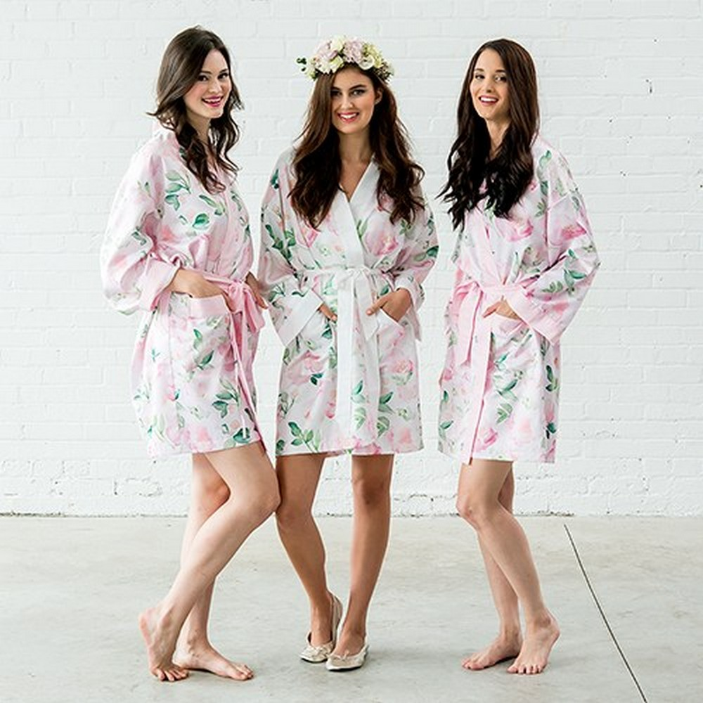 Women's Personalized Embroidered Floral Satin Robe With Pockets - Light Pink | $40-$42