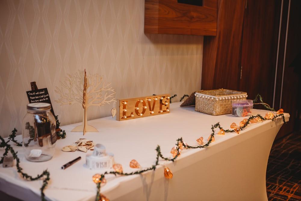 gift table at delta waterloo wedding