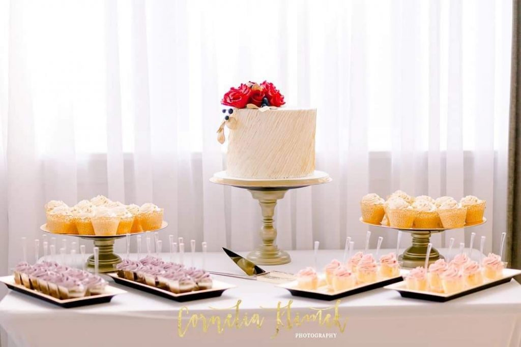 beautiful option for a desserts table, including cupcakes and our signature cake cups.