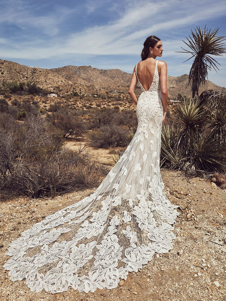 lace wedding gown low back
