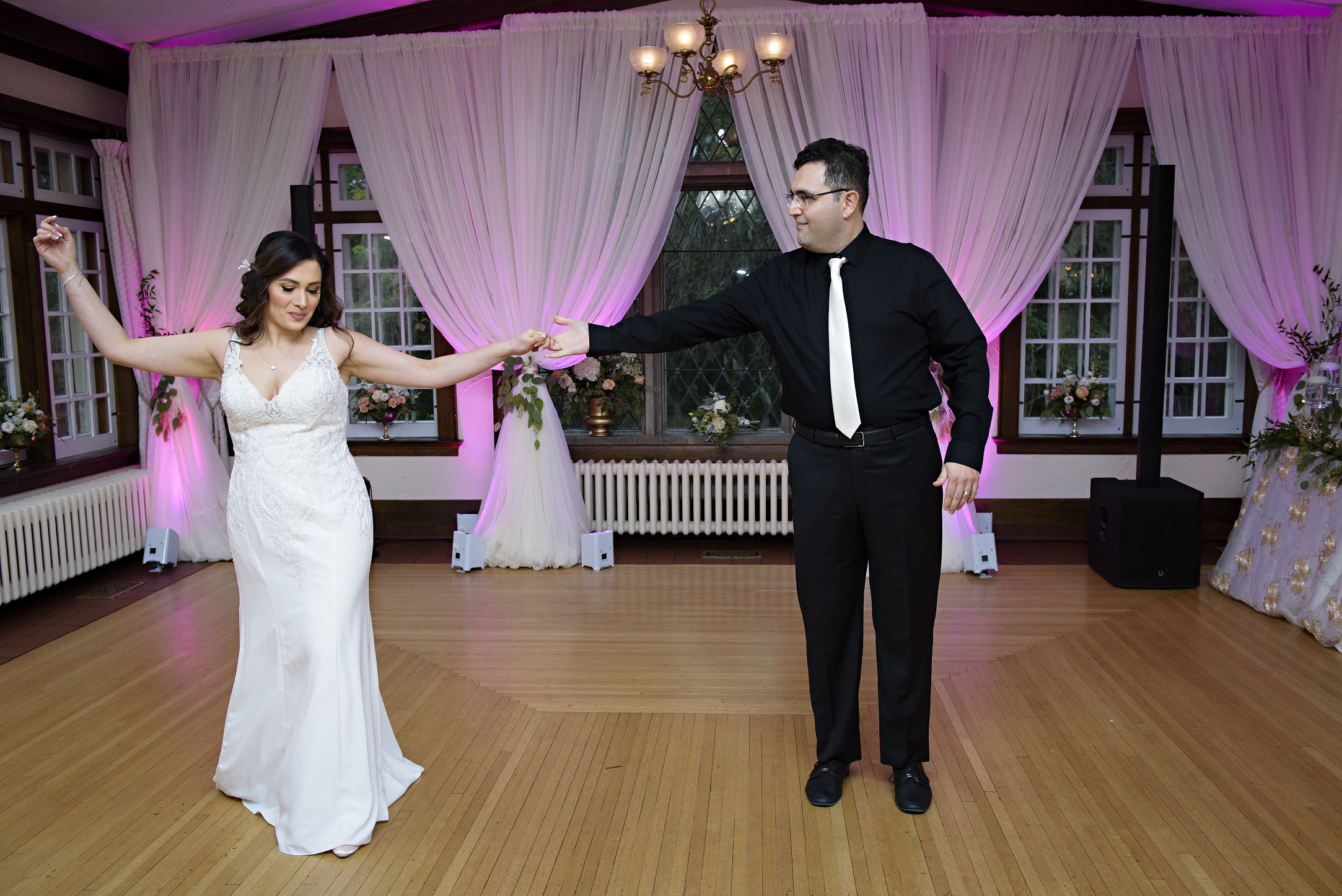 Extra Wedding Planning Time Unmistakably You HRM Photography choreographed first wedding dance