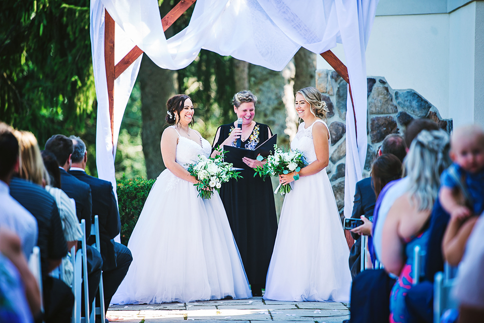Imagining your dream wedding something new officiant