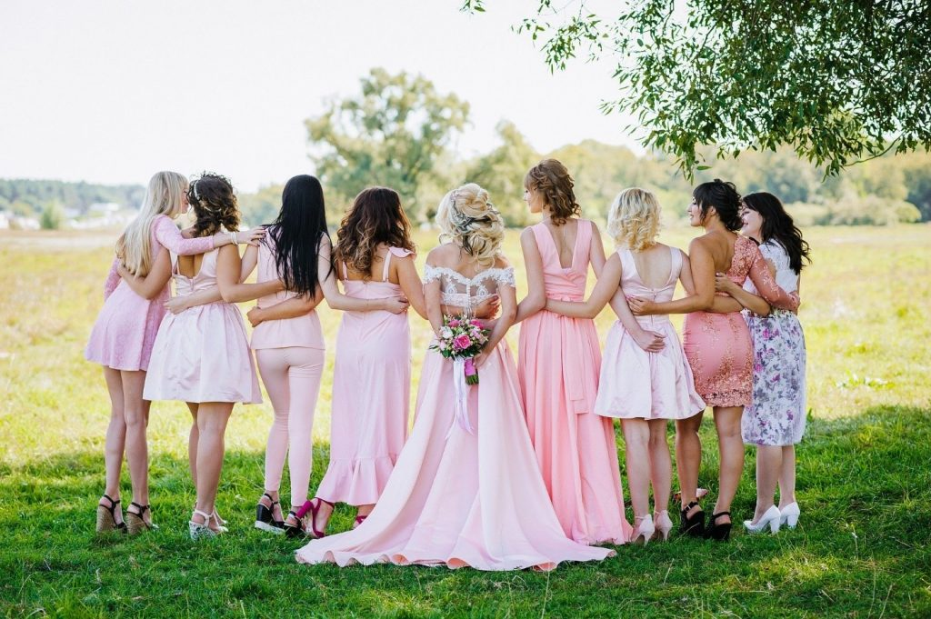 add colour to your summer wedding dress photo by pixabay