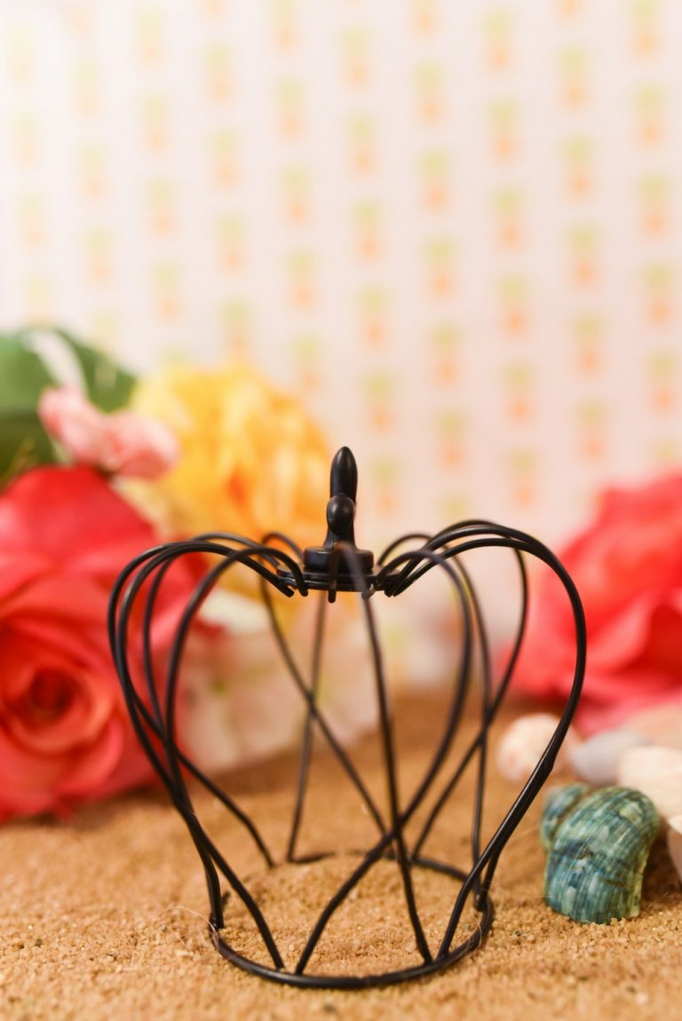 Small Wire Crown Wedding Favor Décor $25 for a set of 4