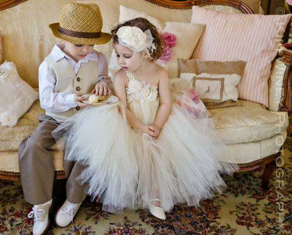Lil MiLil Miss Dress Up | Photo: Kim Winey Photographyss Dress Up