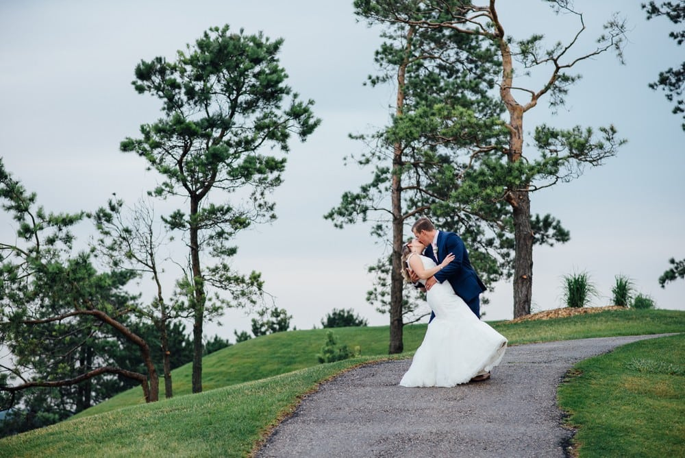 Rebel Creek Golf Club Wedding | Photo: Vanessa Li Photography