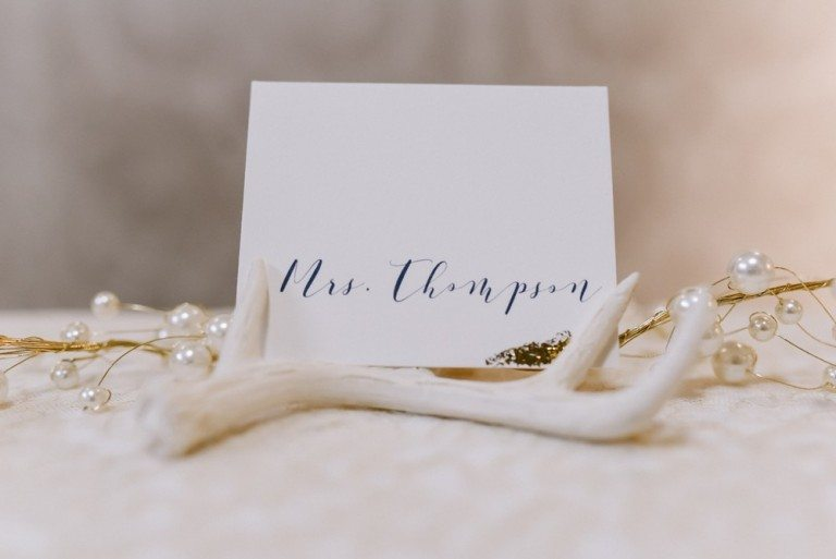 Miniature Faux Antler Place Card Holders Can double as stationery holders and guest favors W 10 x L 1.5 x H 5 cm $3.41+ea