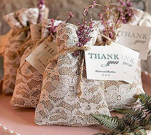 English Garden Burlap Favour Bags from Wedsy